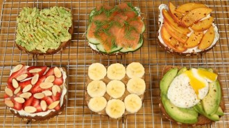 How To Make 6 Healthy Breakfast Toasts Ideas For Weight Loss- Video